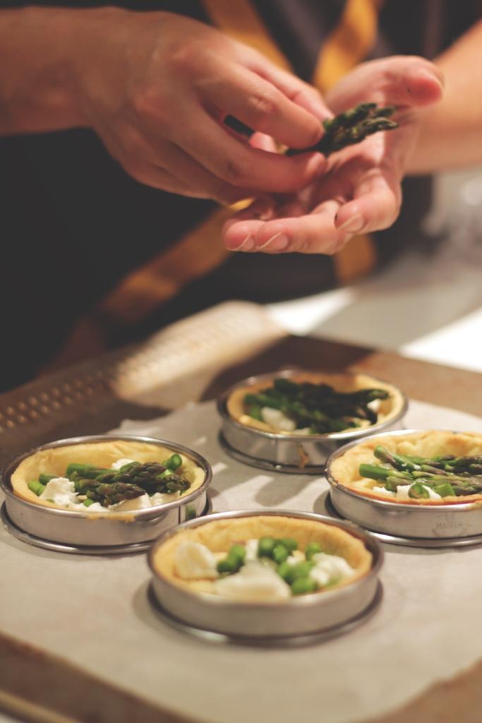tart asparagus hands
