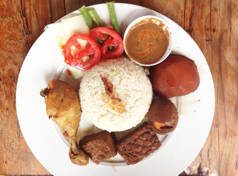 Nasi uduk at Warung Ocha, Seminyak