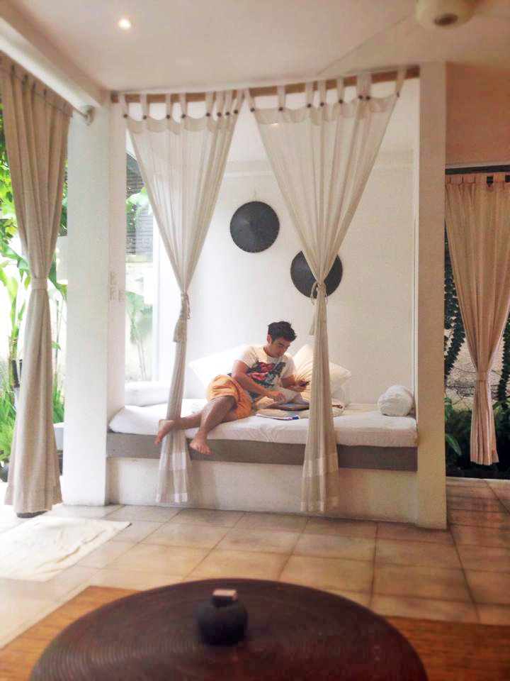 The day bed at De Ubud Villas