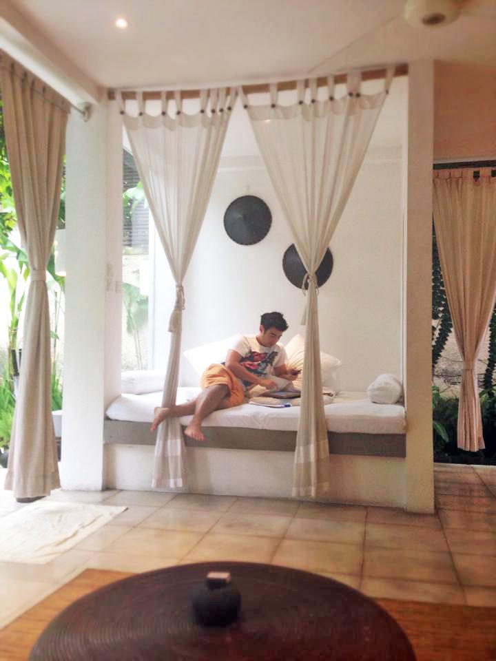 The day bed at De Ubud Villas