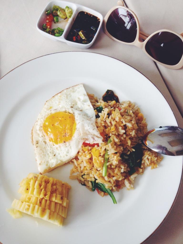 Breakfast often looks like this in Indonesia
