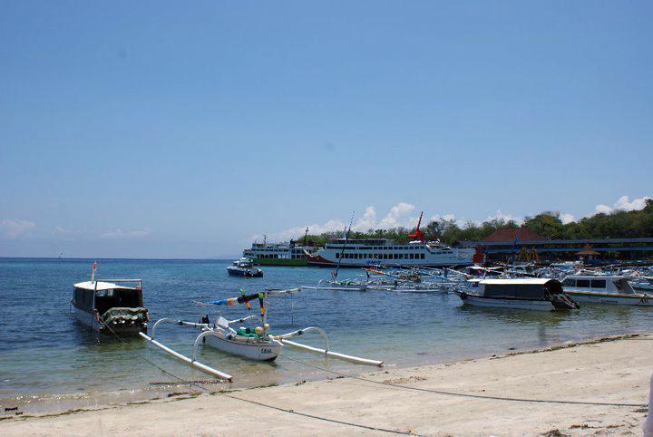 padang bai boats
