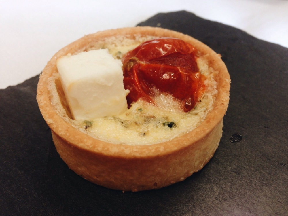 A quiche to accompany international white wines.